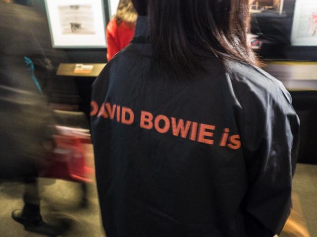 ついに日本上陸!デヴィッド・ボウイ展はステージ衣装わんさかの大ボリューム