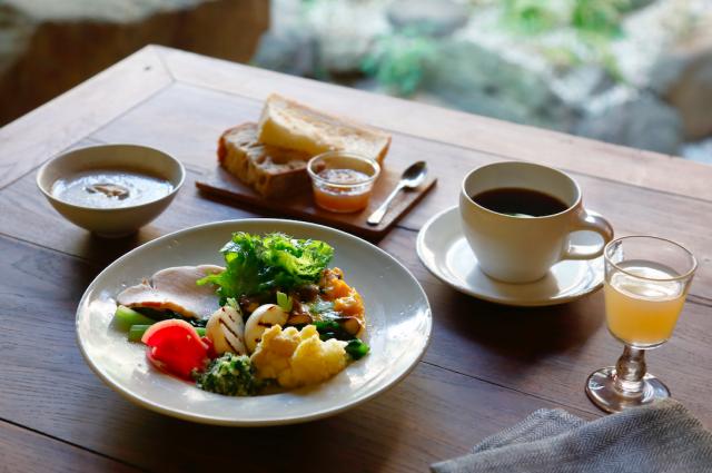京都の町家ホテル 四季十楽 料理家冷水きみこさんとのコラボ企画