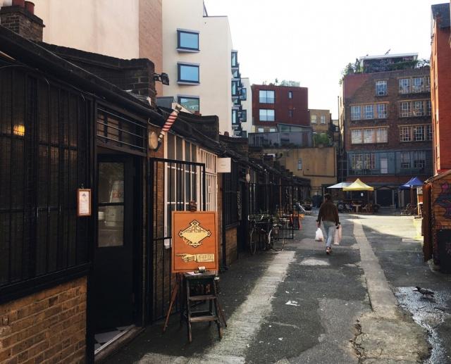 ASASHI BABER in LONDON