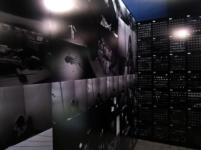 沖縄の写真展 『Rhapsody in the dark』