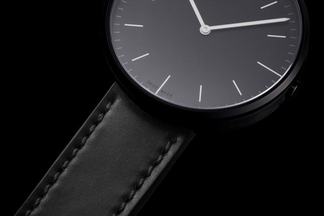 ロンドンデザイン・スイスメイドの腕時計「UNIFORM WARES」