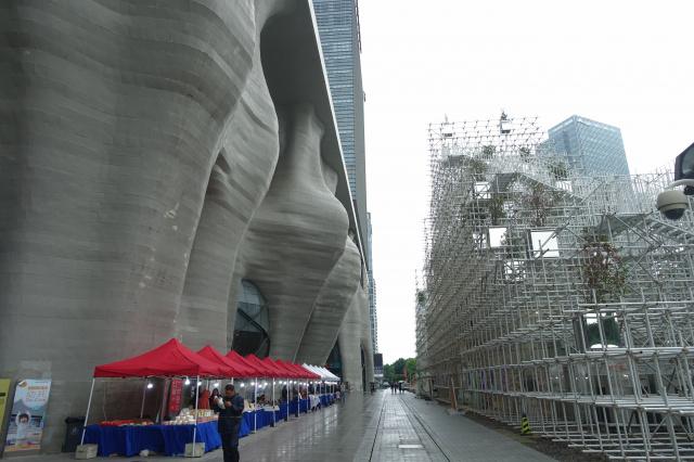 驚異の上海建築2-磯崎新