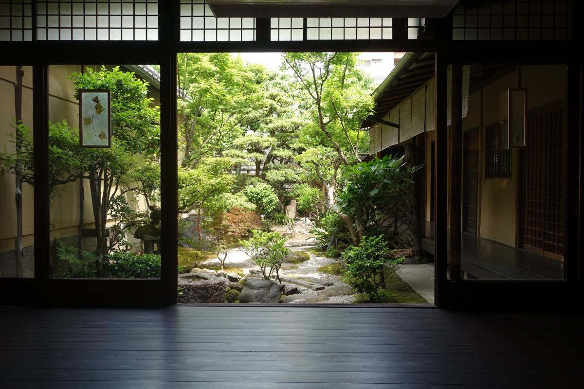 ポーランドと日本の最新アートを京都で