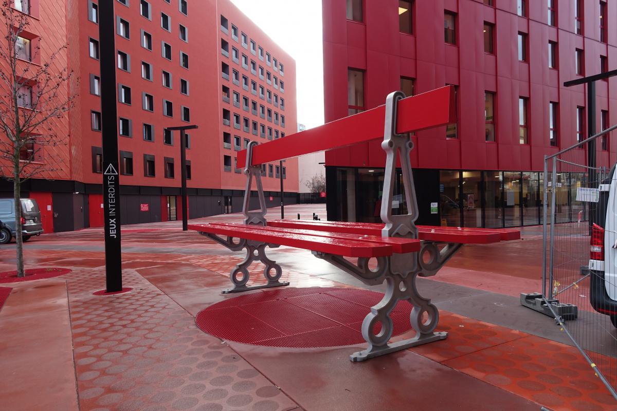 建築とデザインで生まれ変わるフランスの街、サン・テティエンヌへ。