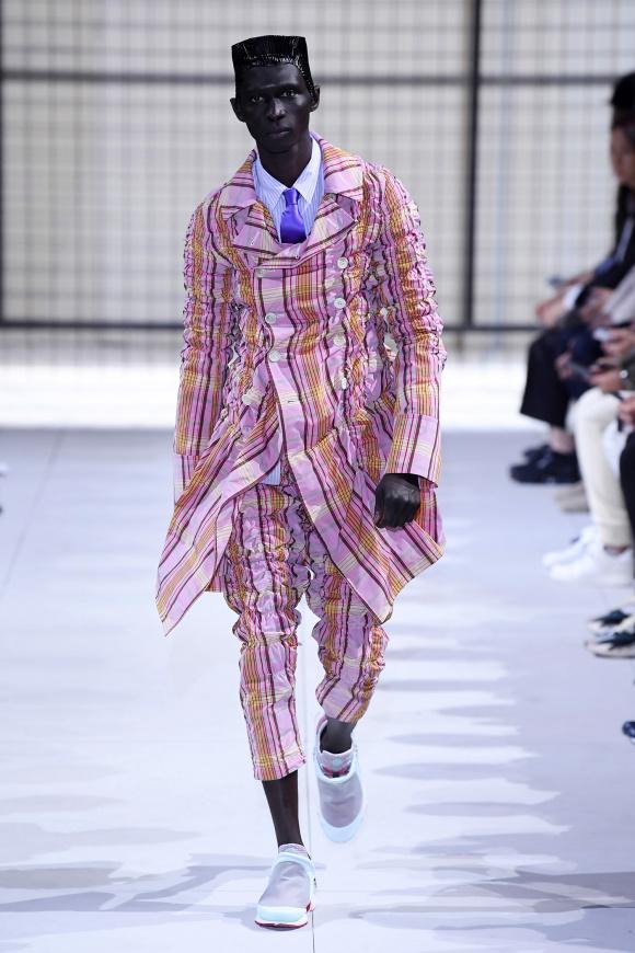 シャーリングされた、 コートジャケットとパンツ