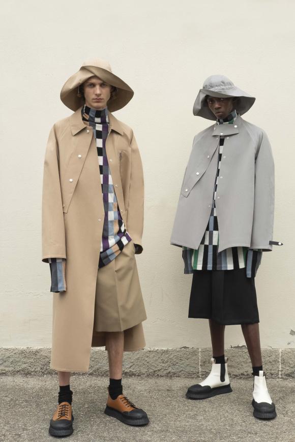 高撥水性のコートや、 ジャケットも登場。