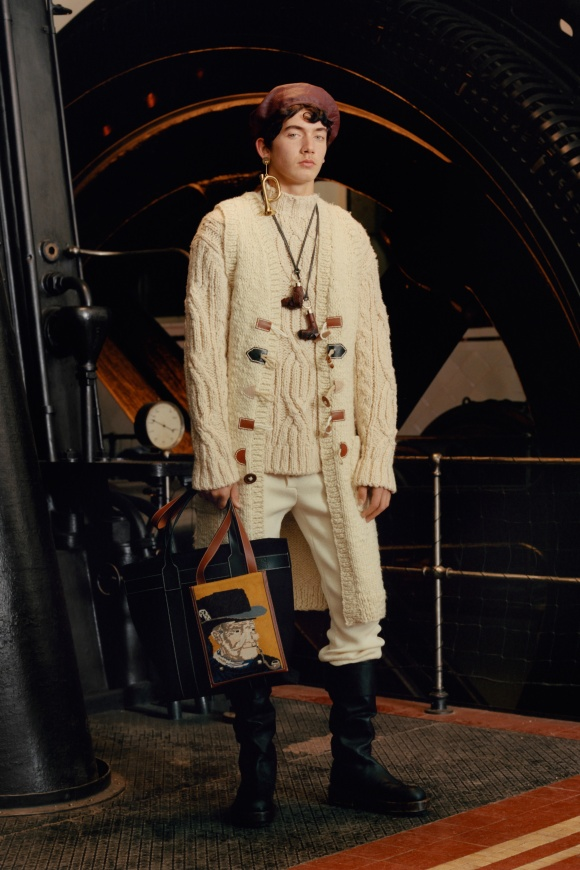 フィッシャーマンズニットも、 英国調を物語る服。