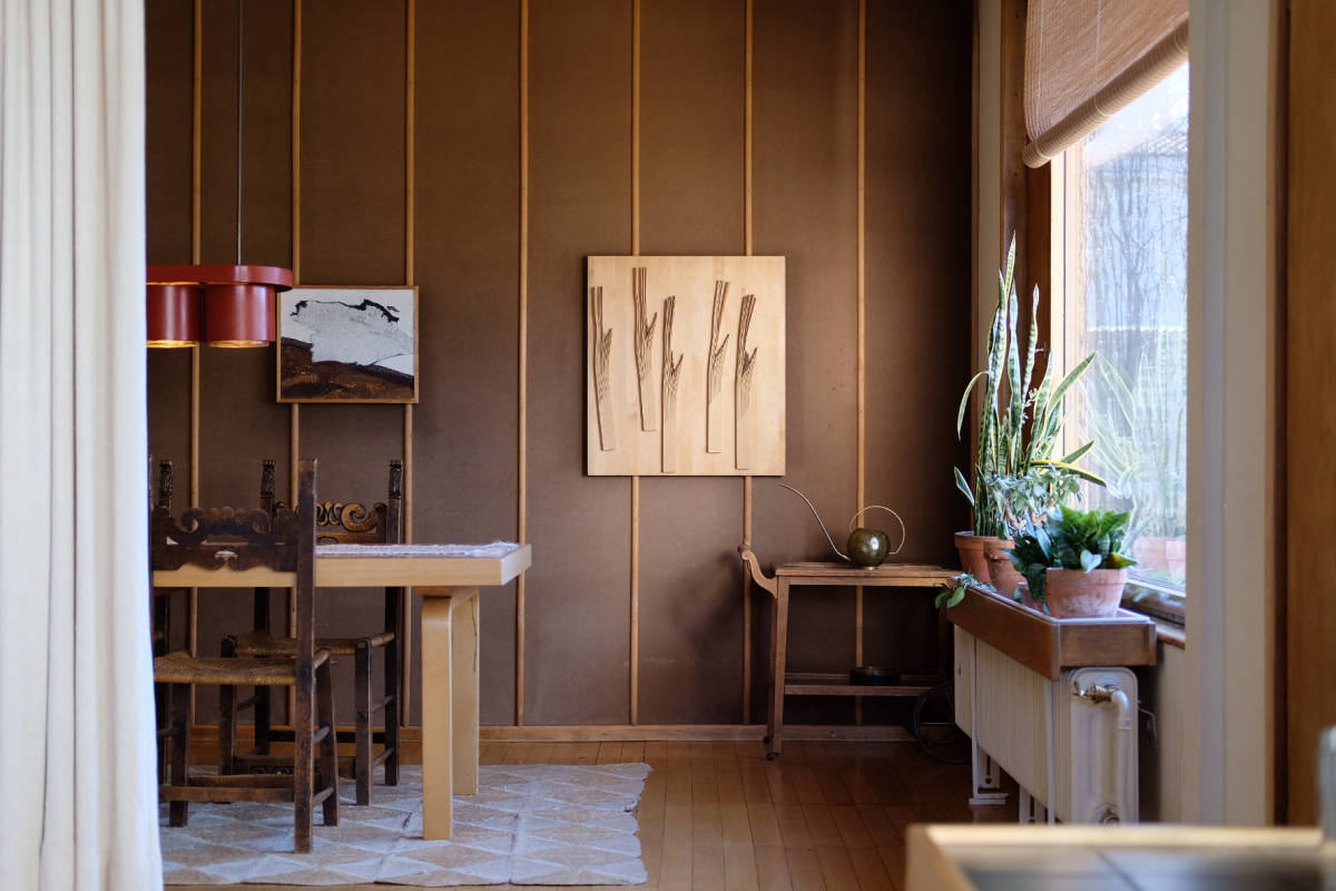 ヘルシンキの自然と向き合う時期に生まれた、素朴でいて心地よい自邸。