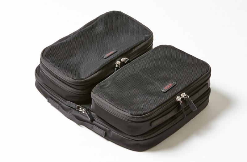【2泊3日】サイズ変更できるボストンバッグで、収納が自在に。