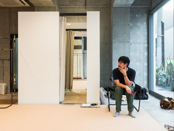 建築家・荒木信雄さんが訪れた、ラック、棚のセッティング