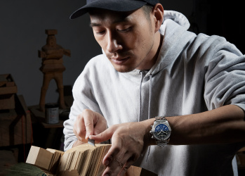 理想形の追求に応える、彫刻家の道具とブライトリング