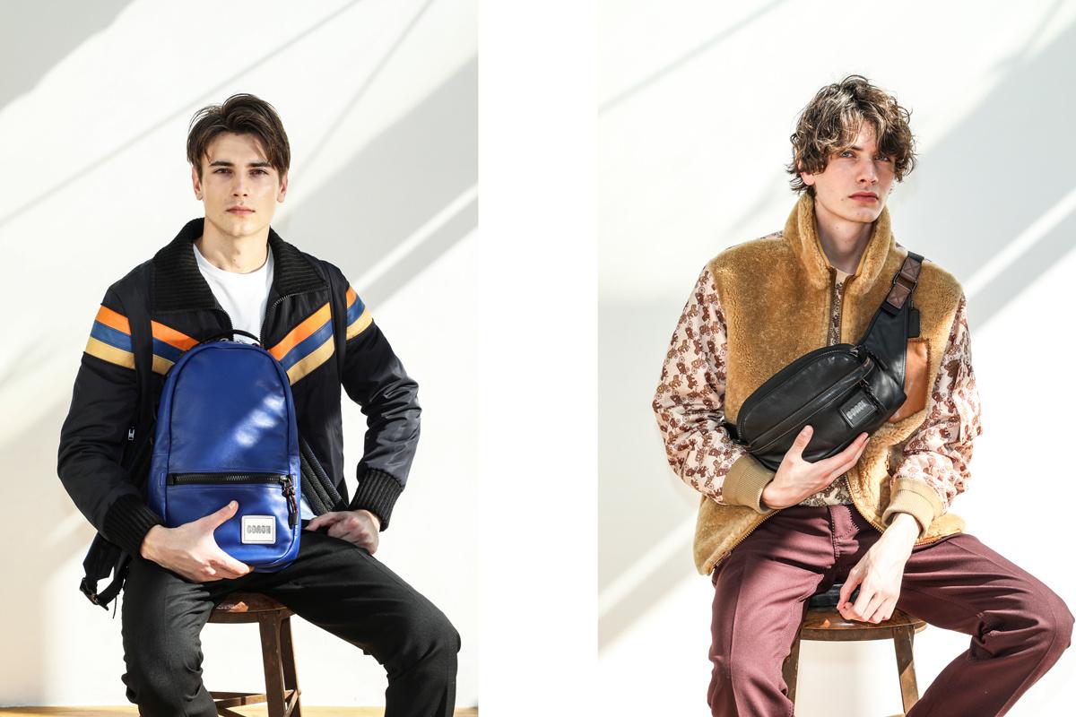 心躍るホリデーシーズンの到来、スポーティなコーチのバッグと財布に注目。