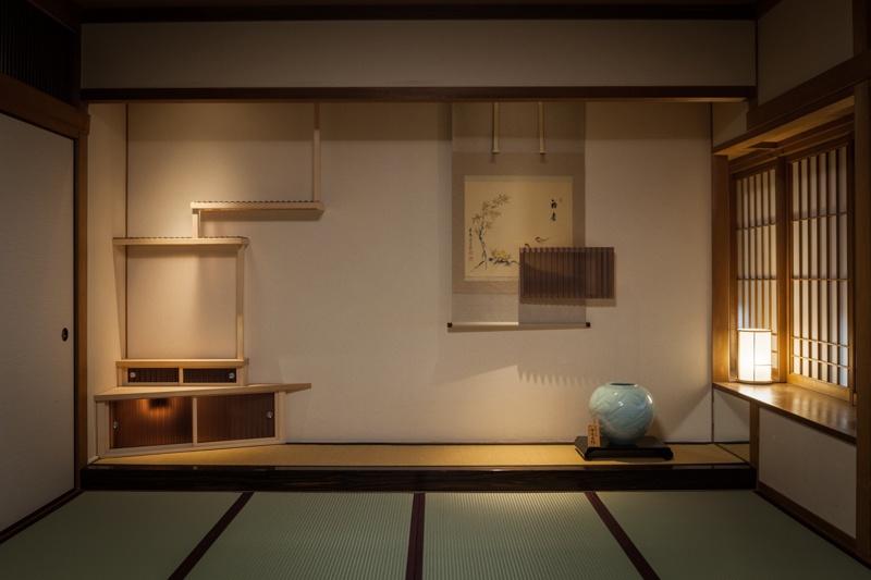 2016年の道後アートは、山口晃が登場。