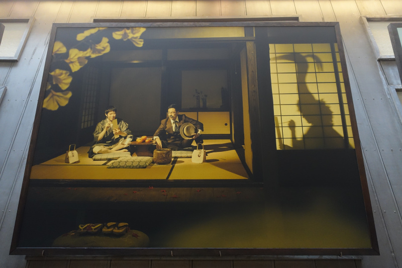 街中にちりばめられた、「市民参加型」のアート作品。