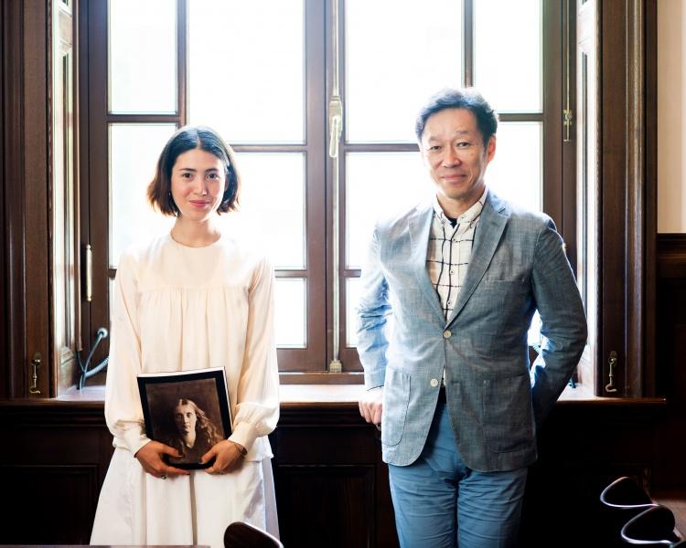 三菱一号館美術館「ジュリア・マーガレット・キャメロン展」、<br>写真を芸術に高めた女性作家の軌跡をたどる。