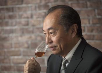 ソムリエ田崎真也がウイスキーのおいしさを語る。「富士山麓 シグニチャーブレンド」に秘められた味わいとは?