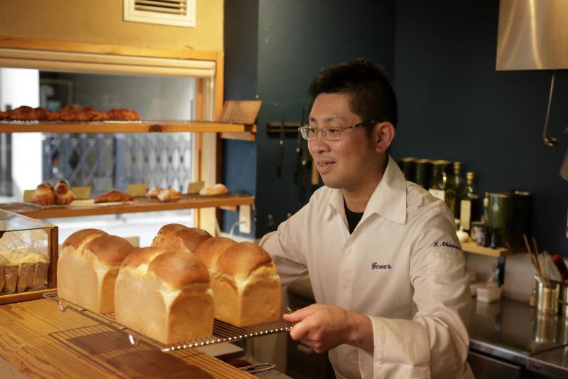 こだわりのパン職人が語る、「香るブラック」のおいしさのポイントとは?