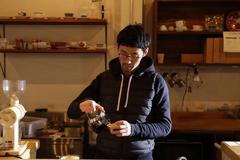 大阪下町の注目店オーナーは、「なめらかなコク」に唸った。