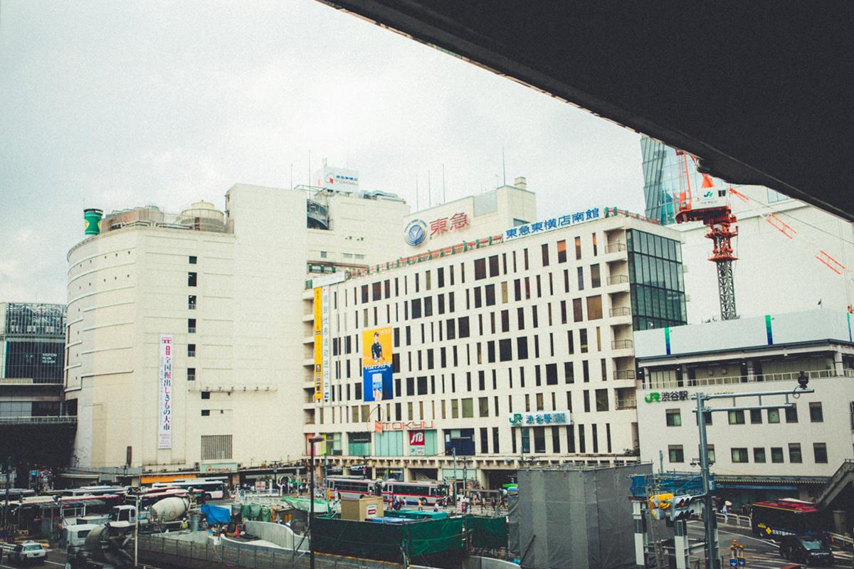 東京中を見渡せる気がした、百貨店の屋上。