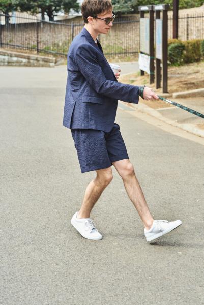 """シアサッカーのショーツスーツで、紳士な""""1マイル"""""""