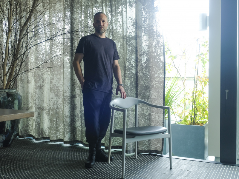 自然に学ぶ食とデザイン。レストラン「イヌア」のためにつくられた、北欧と日本の美をもった椅子。