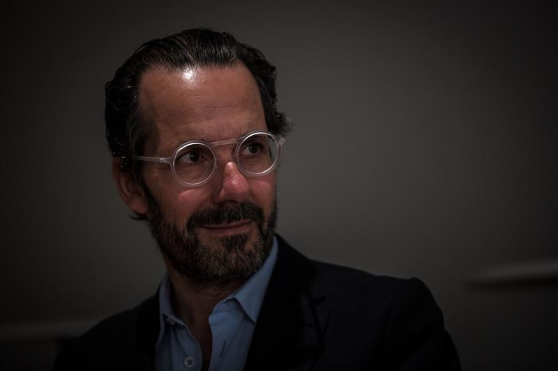眼鏡は、人のイメージを左右する特別なプロダクト。