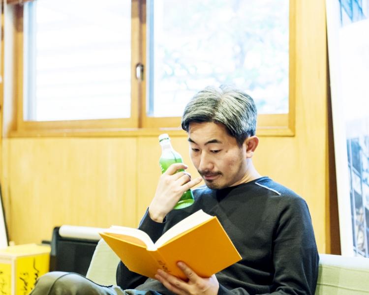 本を読むたび、お茶を飲むたびに異なる味わいを楽しむ。