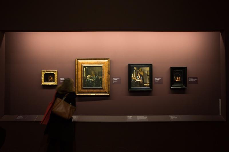 【いま、パリで見るべき展覧会】Vol.2 貴重な12点が集結中! フェルメール好きならばルーヴル美術館を目指しましょう。