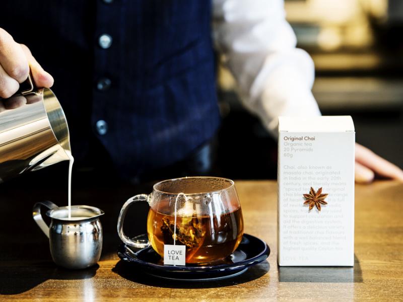 自宅でも手軽にできる、おいしい淹れ方と紅茶のアレンジ