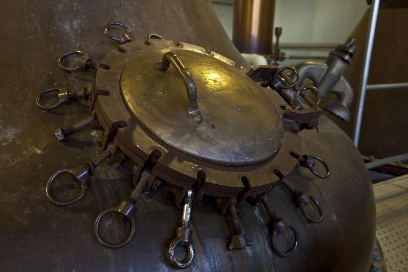 閉鎖前に蒸留された、希少な樽で別注ボトルを。