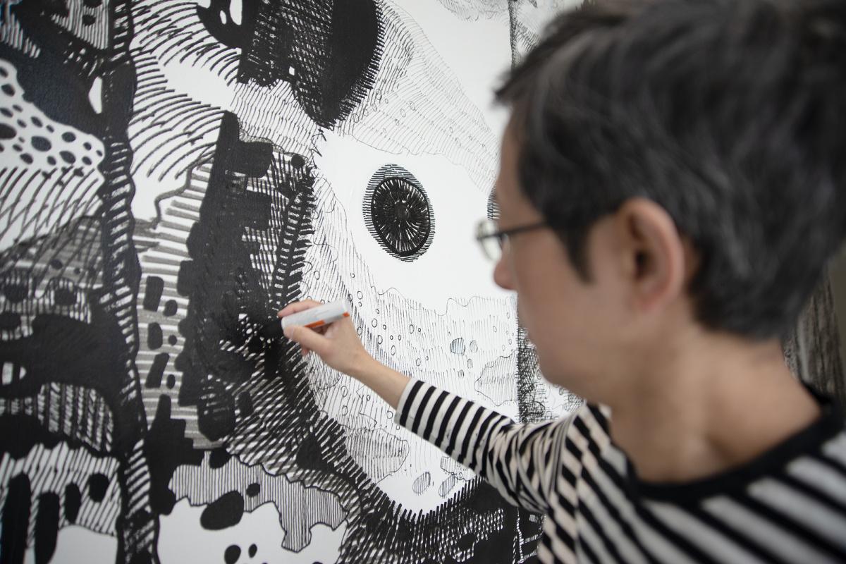 金沢で描いたのは、内面世界の森と2匹の動物。