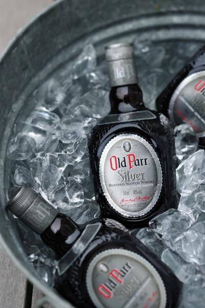 自由な発想は、「オールドパー」の青空ウイスキー会議で羽ばたく。