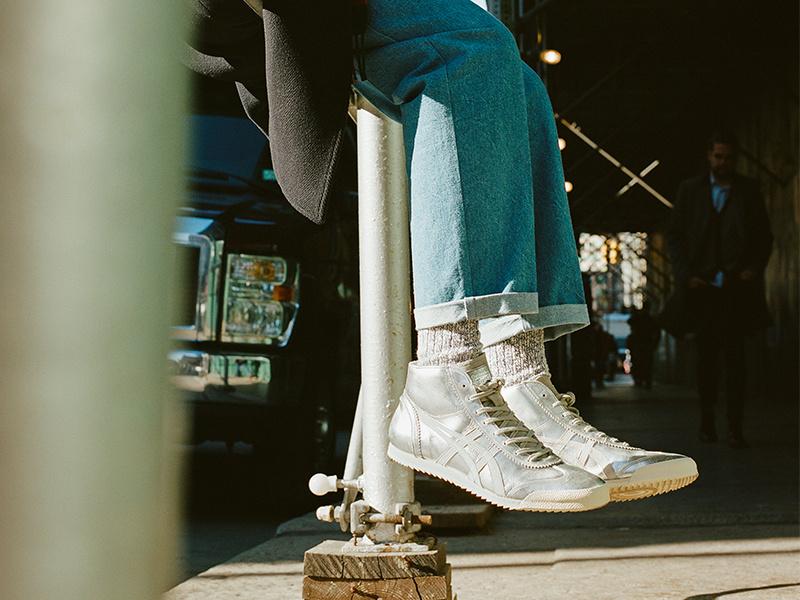 いま世界のクリエーターたちを虜にする「オニツカタイガー」。孤高の日本製スニーカーの真価に迫ります。