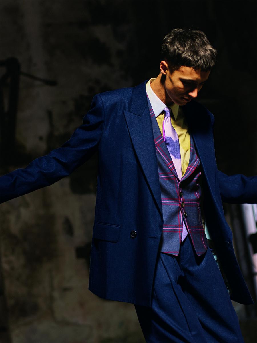ポール・スミスから届いた、踊りだしたくなるような軽快な服を着よう。