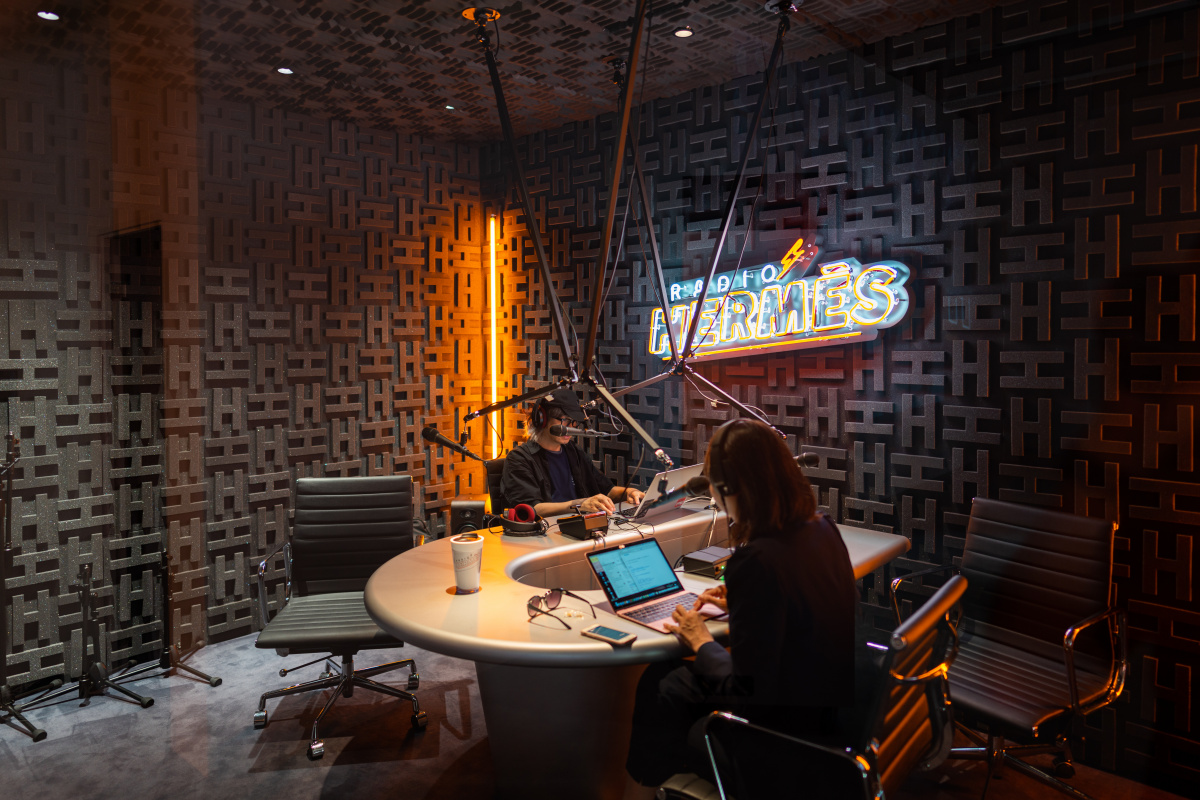 期間限定でスタートした、「ラジオエルメス」が発信するもの。