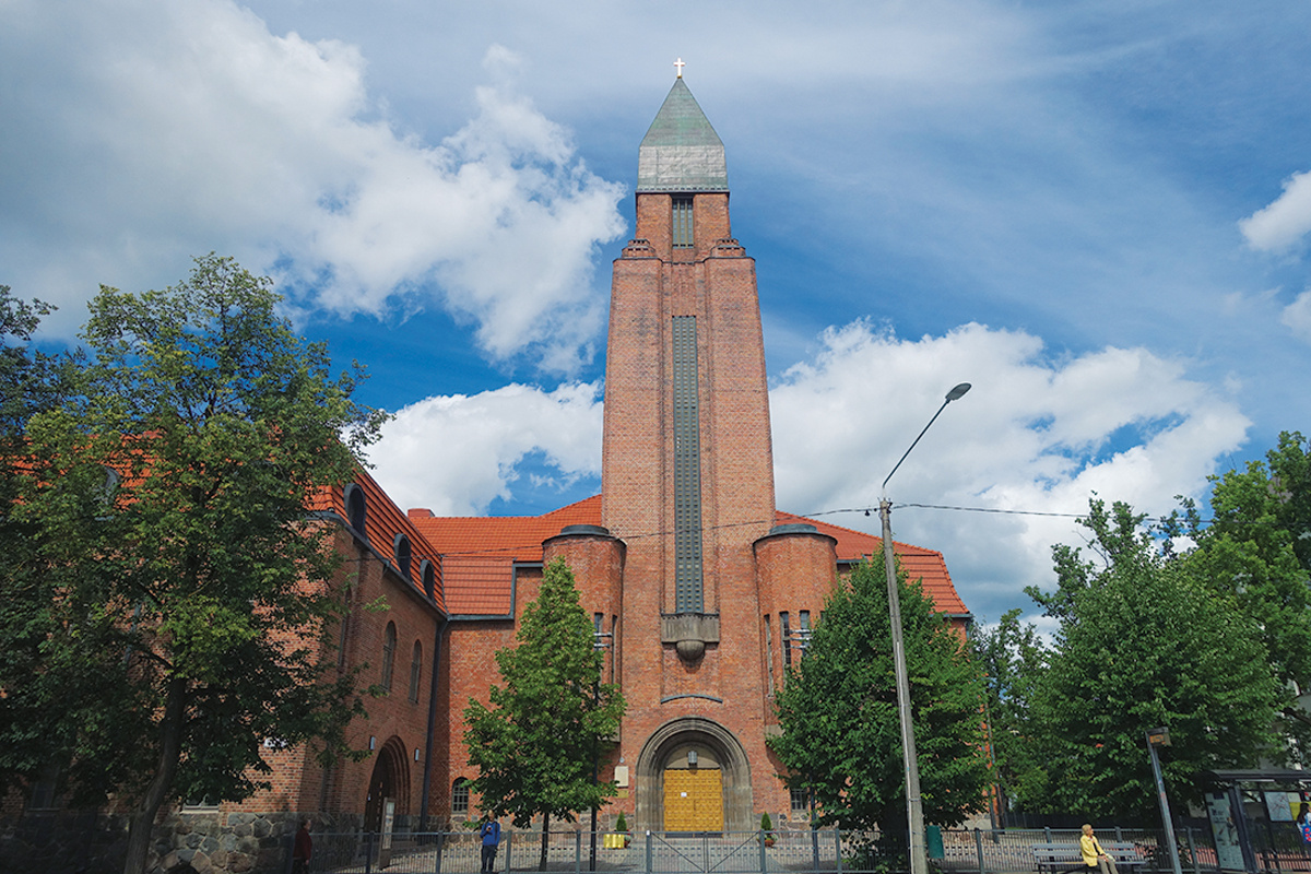 「DAY3:ロンドン~タリン」 エストニアの美しい教会と博物館を堪能。