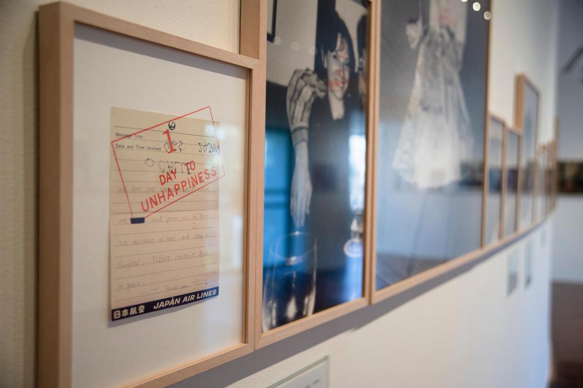 「不在」「喪失」を赤裸々に表現するソフィ・カル。2020年12月に閉館する原美術館にて、伝説の個展を再び開催。