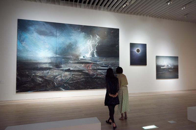 現代美術で表現された、宇宙のすがた。