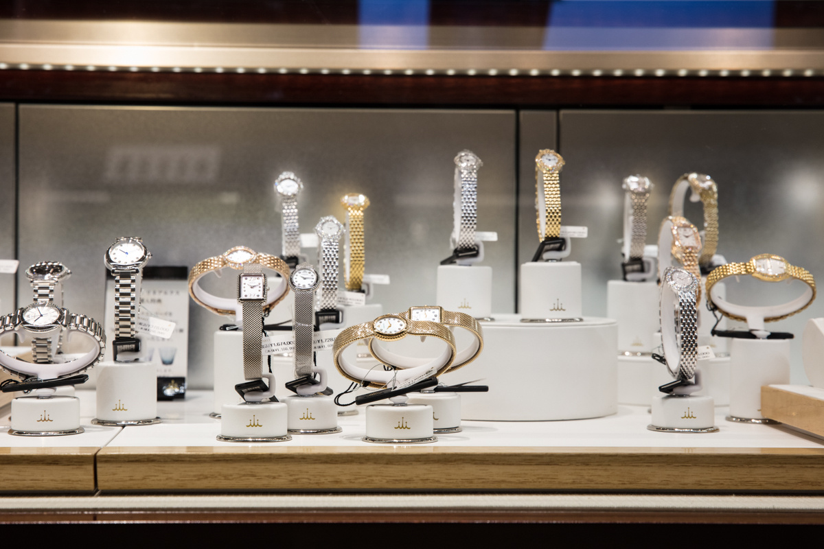 銀座の中心、和光で腕時計を手にするという特別な体験を。