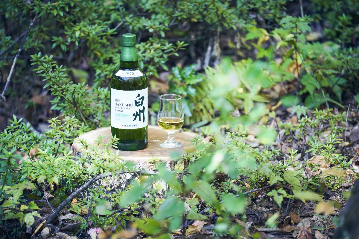 豊かな自然と繊細な日本人の感性が、たぐいまれなるウイスキーを生み出した。