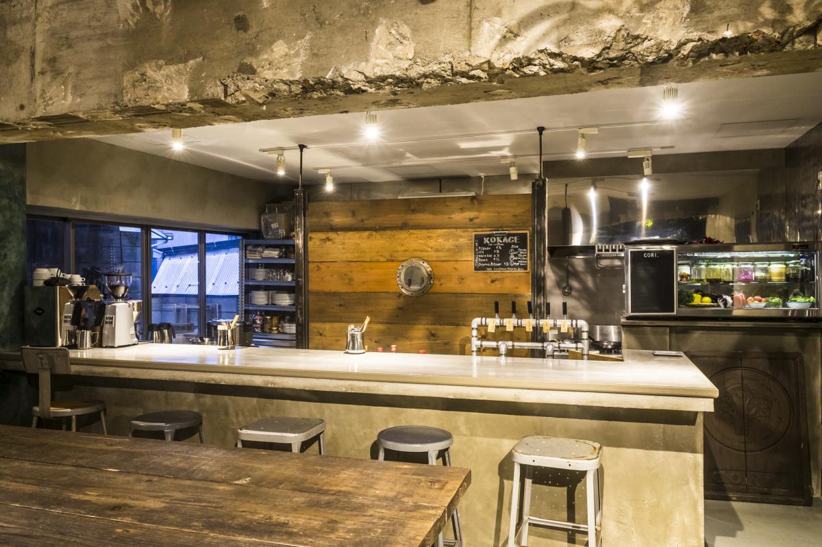 駒沢大学駅の路地裏にオープンした隠れ家「コリ」。ガッツリいけるビーガンフードとクラフトビールで乾杯を!