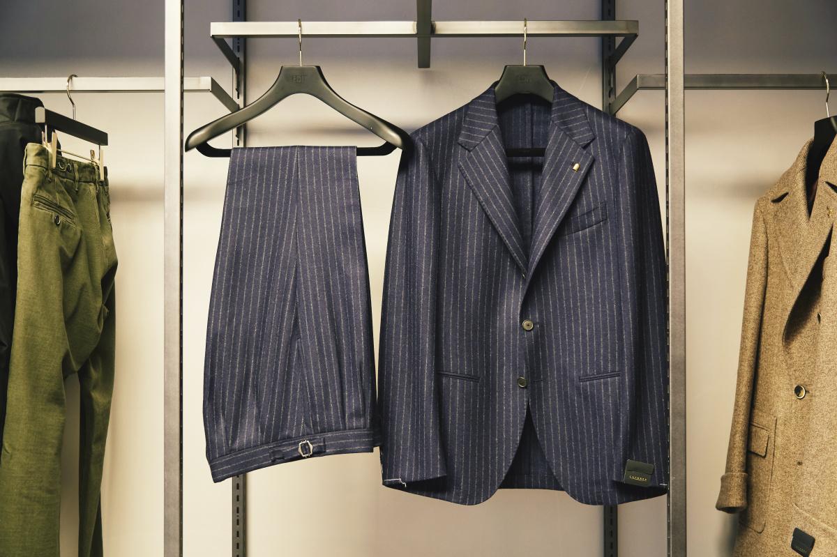 冬のスタイルを新店「エディット ウェアハウス」で総仕上げ! 老舗ブランドのコートやジャケットでクラシックに。