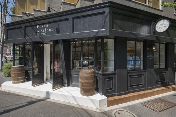 LA発シャツブランドの世界初となる旗艦店。