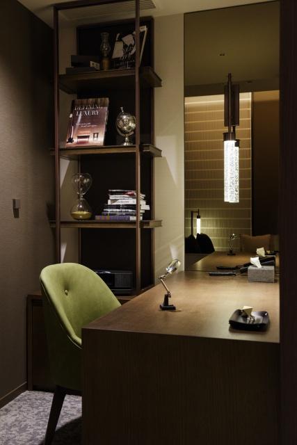 自宅のようにくつろいで、仕事もこなせる「ホテル ザ セレスティン銀座」へ。