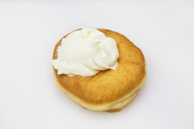 北海道産にこだわった揚げたてドーナツは、完売前に味わいましょう。