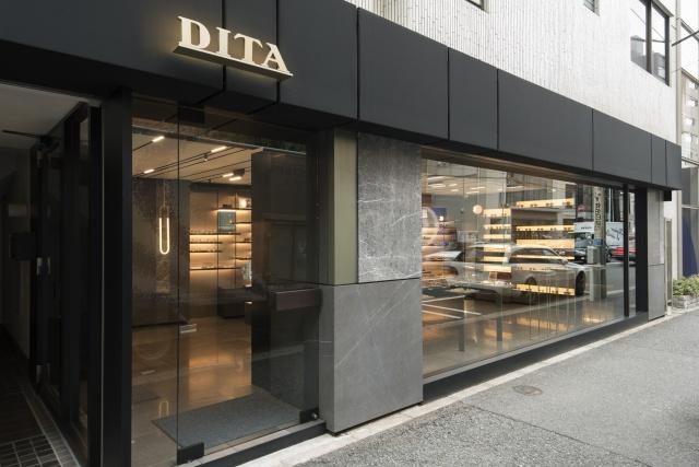攻めの遊び心が生む、温故知新のアイウエアが見つかる「ディータ 青山本店」へ。