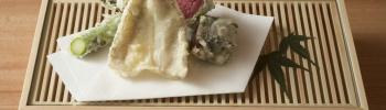 中目黒の隠れ家「天婦羅 みやしろ」は、極上の天ぷらと意外な仕掛けに笑顔がこぼれる、そんな店です。