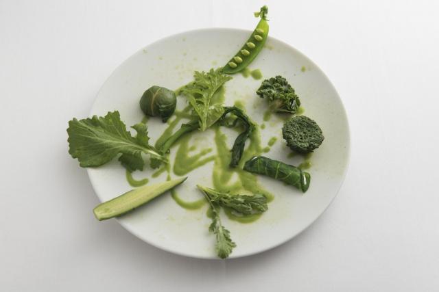 """イタリア料理の新星あらわる! 目にも楽しい""""最先端""""のひと品をお試しあれ。"""