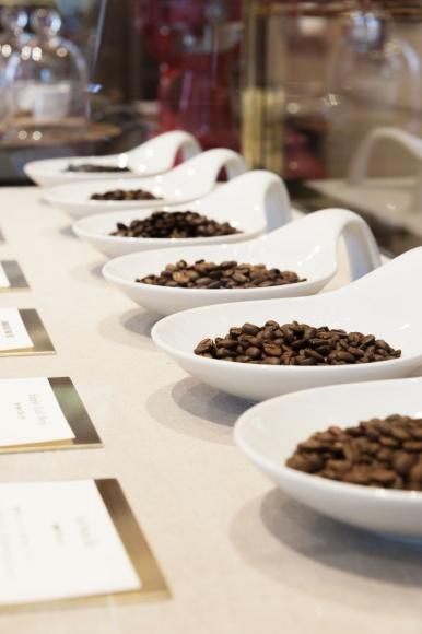 世界中から厳選された、極上のコーヒー豆。