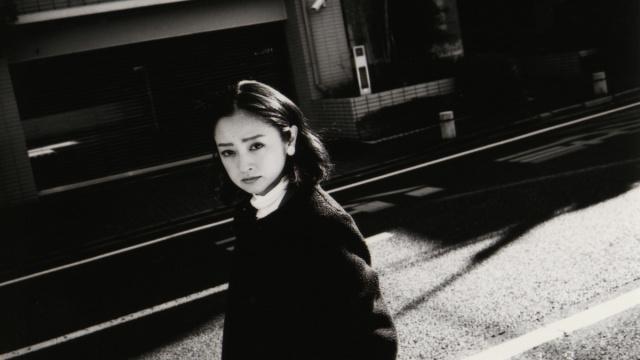 新作写真集『我我』で見せた、安達祐実の覚悟とは。